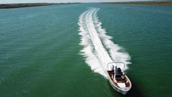 constructeur de bateaux aluminium