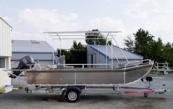 bateau aluminium beacher
